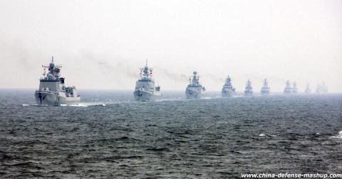 Tàu chiến Trung Quốc nối đuôi tập trận tại biển Hoa Đông