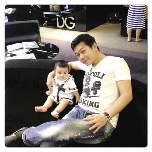 Ông xã cùng con trai của Quỳnh Chi