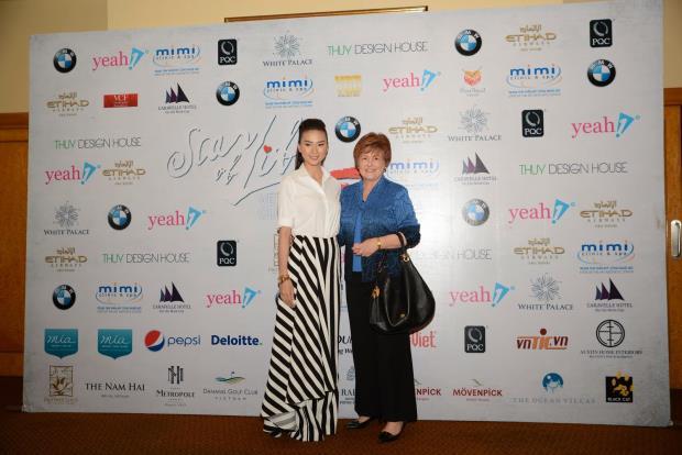Ngô Thanh Vân và bà Bà Robin Austin – Giám đốc điều hành Quỹ VinaCapital.