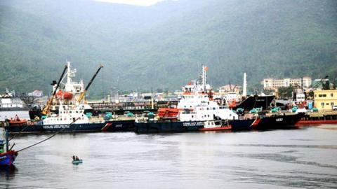 Tàu cảnh sát biển Việt Nam về cảng sửa chữa nhanh chóng, sau đó tiếp tục quay lại thực địa