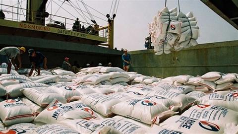 Từ bán rẻ-mua rẻ tới bỏ giá sàn xuất khẩu gạo