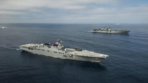 """Biên đội tàu chiến Mỹ - Nhật hành trình trên biển trong khuôn khổ cuộc diễn tập """"Tia chớp bình minh 2013"""" (Dawn Blitz 2013)"""