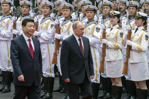 Nga-Trung đã ký hàng loạt hiệp định hợp tác quan trọng