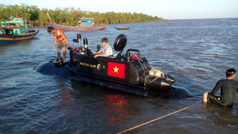 Tàu Trường Sa thử nghiệm trên Biển Đông, an toàn trở về