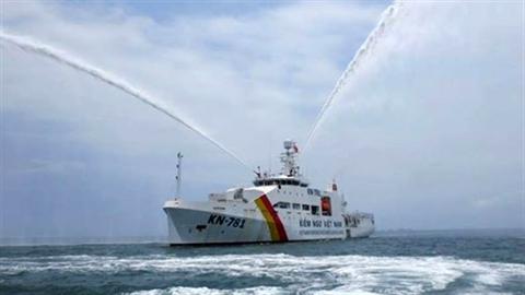 Thủ tướng thăm tàu Kiểm ngư lớn nhất Việt Nam