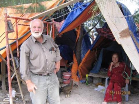 Hiện nay ông bà Kurt, vẫn kiên trì định cư tại Chí Công. Miếng đất sa mạc và đầy mồ mả này nằm ngay QL1, gần giữa trạm xăng Thắng Lợi và khu đồi quạt gió, thuộc tỉnh Bình Thuận.