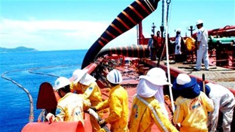 Bán 49% cổ phần Nhà máy lọc dầu Dung Quất cho Nga