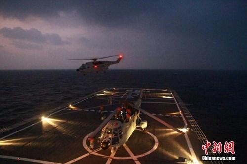 Một trong những bài tập trận của Hạm đội Nam Hải của Trung Quốc: Đổ bộ đánh chiếm đảo bằng trực thăng vào tháng 1/2014