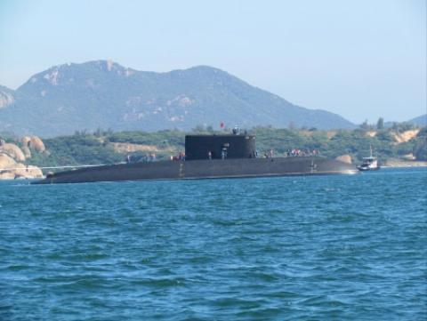Không ai biết chắc tàu ngầm KILO Việt Nam được trang bị loại tên lửa Klub nào của Nga, không ai biết tàu ngầm KILO Việt Nam tấn công vào đất liền bao nhiêu km. Chỉ có Nga và Việt Nam biết.