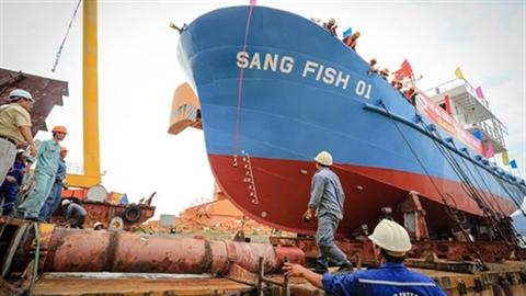 10.000 tỷ đóng tàu vỏ thép:Kỹ sư thiết kế có ra biển?