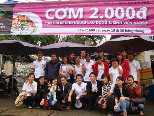 Cơm 2.000 đồng của câu lạc bộ Sharing The Life Đà Nẵng