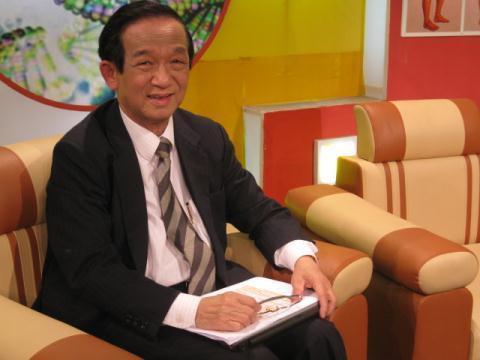 GS. TS. NGND.Nguyễn Lân Dũng - Chủ tịch Hội các ngành Sinh học Việt Nam