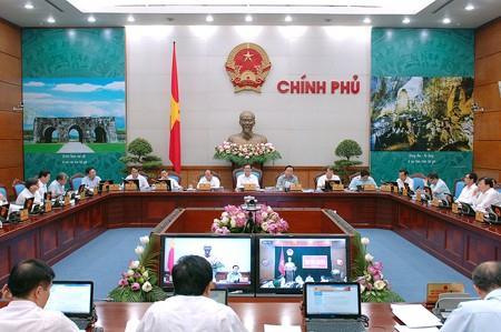 Quang cảnh phiên họp thường kỳ tháng 6 của Chính phủ