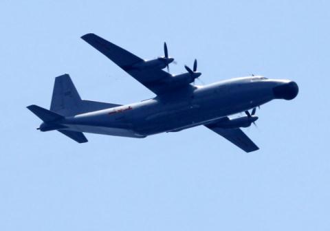 Một máy bay trinh sát điện tử của Trung Quốc hoạt động trên khu vực giàn khoan Hải Dương 981