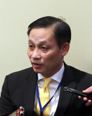 Đại sứ Lê Hoài Trung