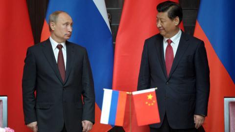 Tổng thống Putin và Chủ tịch Tập Cận Bình với hợp đồng khí đốt 400 tỷ USD
