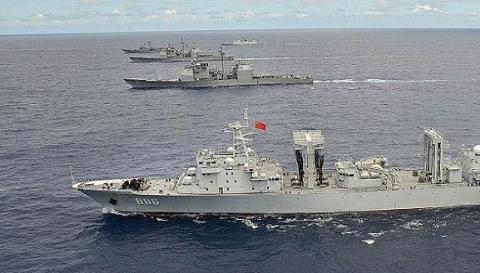 Chiến hạm Trung Quốc diễu hàng trên biển trong diễn tập RIMPAC 2014