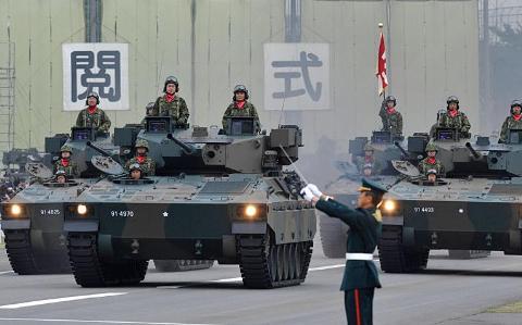 Xe tăng Type 10 và Type 90 của Nhật Bản được đánh giá hàng đầu châu Á