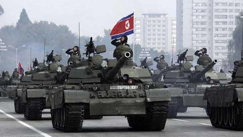 Liệu những chiếc xe tăng này của Triều Tiên đã được điều động đến áp sát biên giới Trung Quốc???
