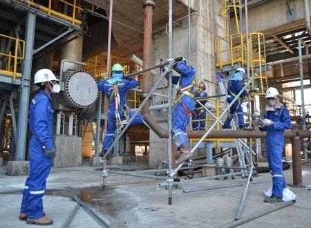 Nhà máy lọc dầu Dung Quất hiện đang là nguồn thu chính của Quảng Ngãi