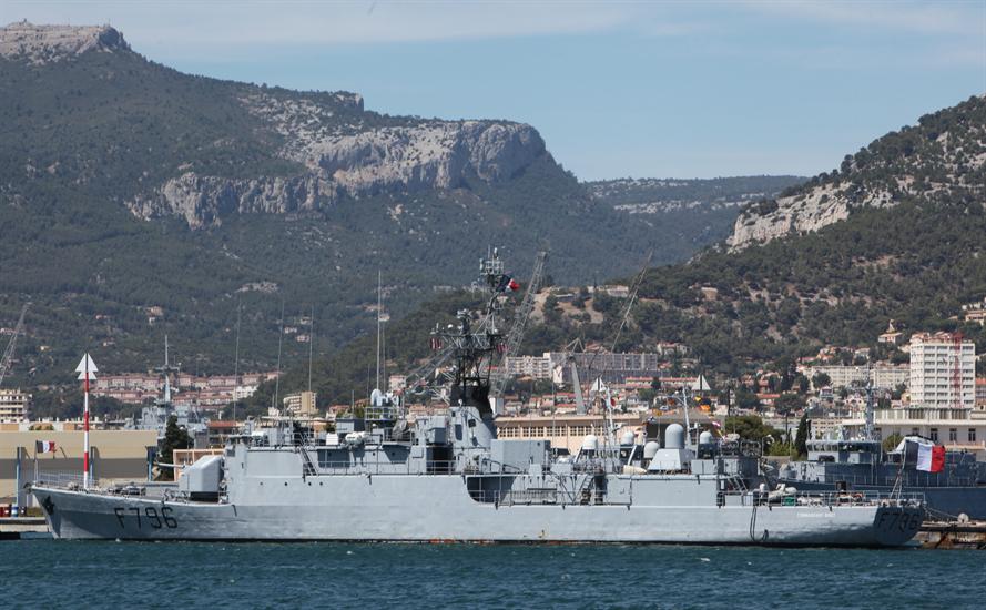 Việc hai chiến hạm này tiếp tục tiến vào Biển Đen sẽ giúp tăng cường đáng kể khả năng răn đe của NATO tại vùng biển này. RIA Novosti cho biết thêm, hồi tháng 7/2014 vừa qua, nhóm tàu chiến của NATO có mặt tại Biển Đen đã lên tới con số kỷ lục thời hậu Liên Xô – là 9 đơn vị tàu chiến. Trong ảnh: Khinh hạm Commandant Birot.