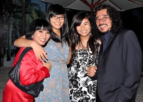 Cẩm Vân: 'Cả năm không dám bước vào phòng con gái'