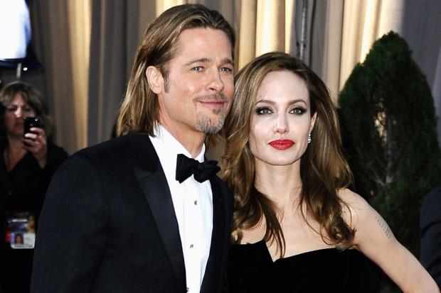 10 năm sống thử, Brad Pitt và Angelina Jolie quyết định kết hôn