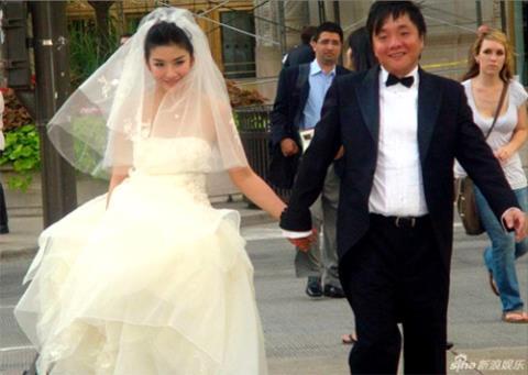 """Những cuộc hôn nhân kiều nữ - đại gia """"sớm nở tối tàn"""""""