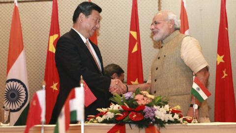 Ông Tập về, lính Trung Quốc rút: Đòn gió thử Modi?