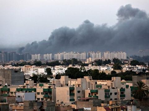 Libya bị tấn công, NATO quyết diệt IS