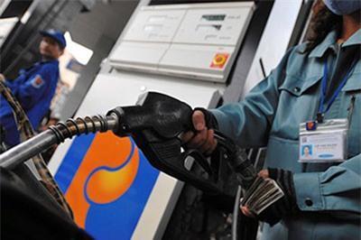 Xăng giữ giá, dầu giảm 120-260 đồng/lít