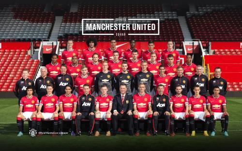 Toàn bộ thành viên Ban huán luyện cùng các cầu thủ M.U