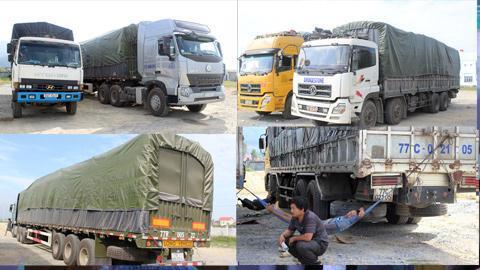 Những chiếc xe siêu tải bị lực lượng chức năng phát hiện.