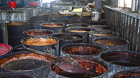 Đài Loan dùng dầu mỡ cho động vật của VN chế biến