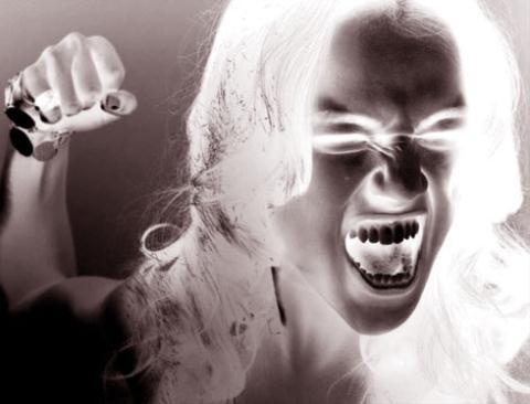 Những căn bệnh kỳ bí phía sau người đàn bà độc ác