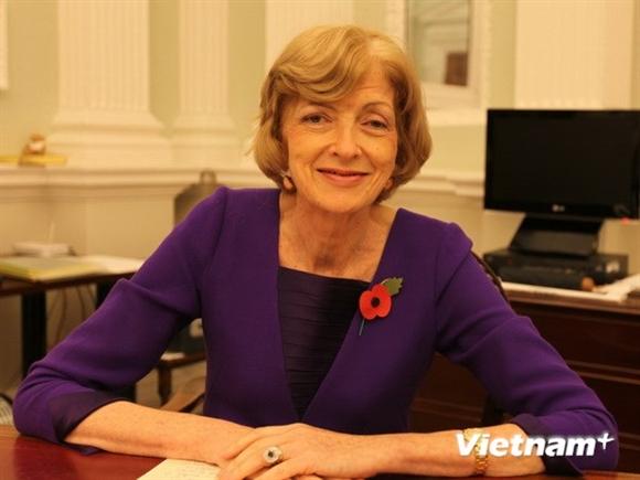 Thị trưởng Trung tâm Tài chính London Alderman Fiona Woolf. (Ảnh: Lê Phương/Vietnam+)