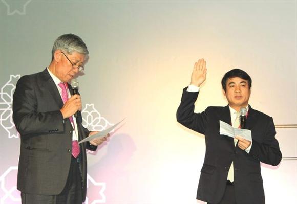 Tân Phó Chủ tịch ABA Nghiêm Xuân Thành tuyên thệ nhậm chức
