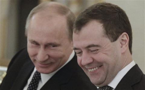 Tổng thống Putin sẽ chia tay Medvedev?