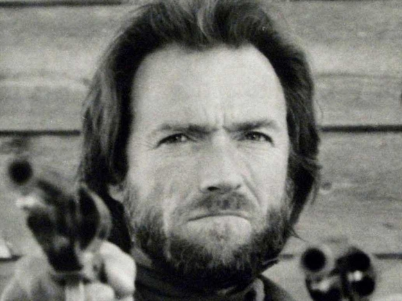 """1976: Trong phim """"The Outlaw Josey Wales"""""""