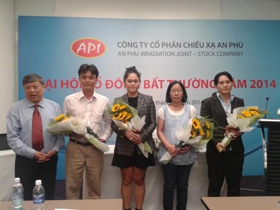 4/5 thành viên HĐQT mới nhiệm kỳ 2013-2018 của APC.
