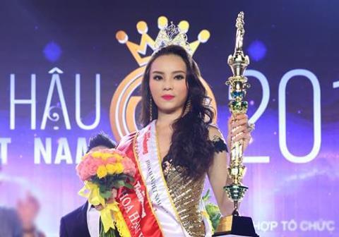 Nguyễn Cao Kỳ Duyên phút đăng quang.