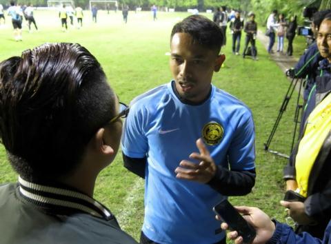 Đội trưởng tuyển Malaysia gửi lời xin lỗi đến trung vệ Đinh Tiến Thành.