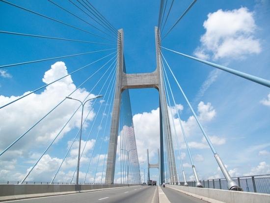 Cầu Phú Mỹ - cầu dây văng hiện đại và lớn nhất TP Hồ Chí Minh