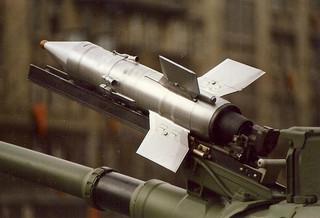 Trong thời gian từ 1962 - 1970, số tên lửa được sản xuất và đưa vào sử dụng đã đạt đến đỉnh cao là 25.000 quả mỗi năm. Nhiều phiên bản sao chép B-72 đã được chế tạo với tên gọi khác nhau ở một số nước.