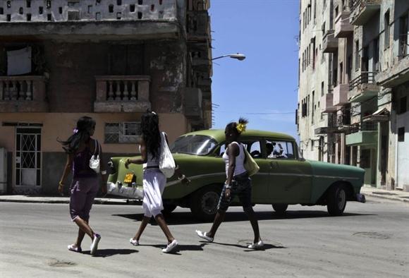 Xe cổ Chevrolet 1956 tại Havana