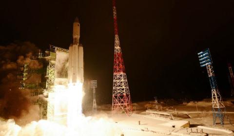 Tên lửa Angara-A5 rời bệ phóng