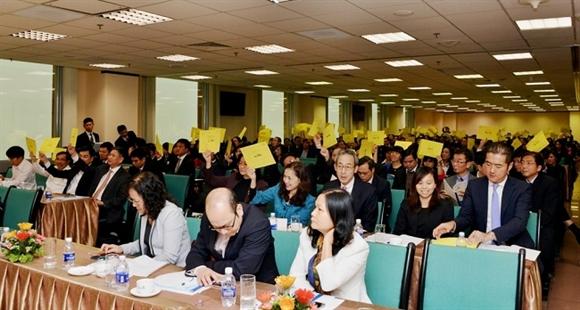 Các đại biểu và cổ đông tham dự Đại hội đồng cổ đông