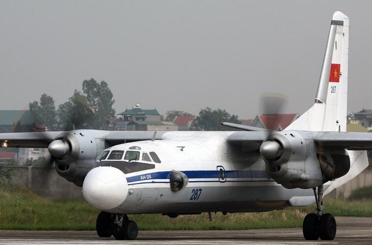 Hiện nay, đóng vai trò chủ lực làm nhiệm vụ vận tải quân sự của Lữ đoàn 918 là các máy bay Antonov An-26 do Liên Xô sản xuất. Đây cũng là loại máy bay vận tải lớn thứ 2 (sau máy bay C-295M) của Không quân Nhân dân Việt Nam.