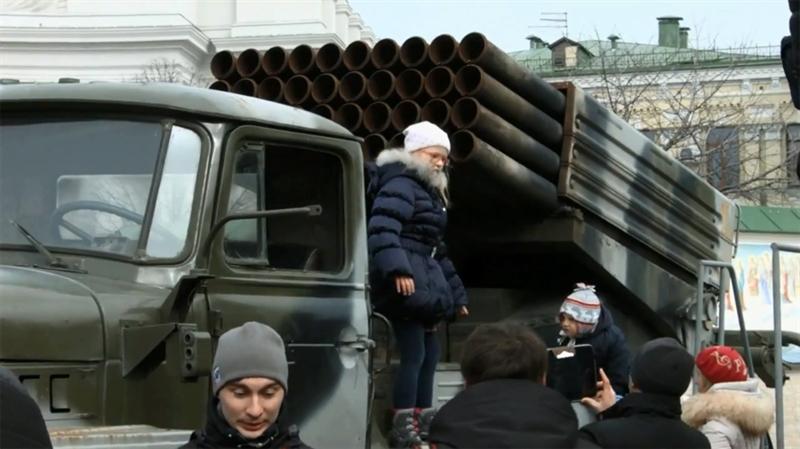Dù ra đời từ thời Xô Viết, tuy nhiên uy lực của hệ thống pháo phản lực phóng loạt BM-21 Grad đến tận ngày nay vẫn được khẳng định. Với 40 ống phóng rocket 122mm mỗi xe, một tiểu đoàn BM-21 Grad có thể trút đến 720 quả đạn xuống mục tiêu chỉ trong 20 giây, hủy diệt một vùng rộng lớn cách xa 20-40km.
