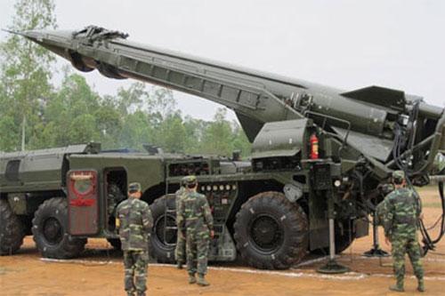 Được biết, dẫn hướng tên lửa là nội dung huấn luyện quan trọng quyết định đến kết quả phóng tên lửa cũng như kết quả hoàn thành nhiệm vụ chiến đấu của đơn vị. Việc dẫn hướng tên lửa do trung đội điều khiển tiến hành trên bệ phóng.